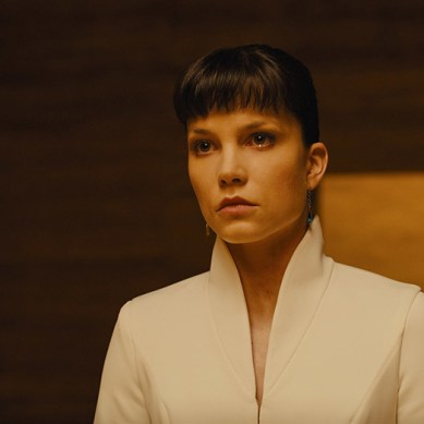 Sylvia Hoeks builds the perfect powerful badass in 'BLADE  RUNNER 2049'