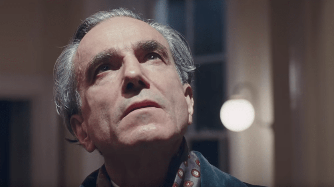 Day-Lewis' supposed acting swan song in 'PHANTOM THREAD' looks poorly tailored