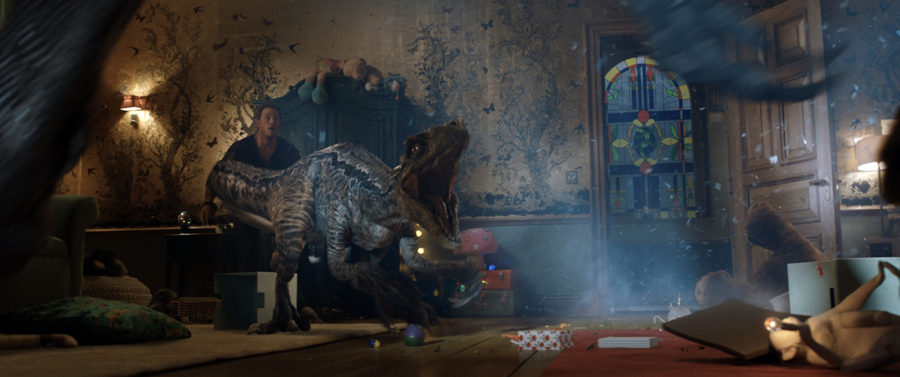"'JURASSIC WORLD: FALLEN KINGDOM' final trailer gives us ""The Blues"""