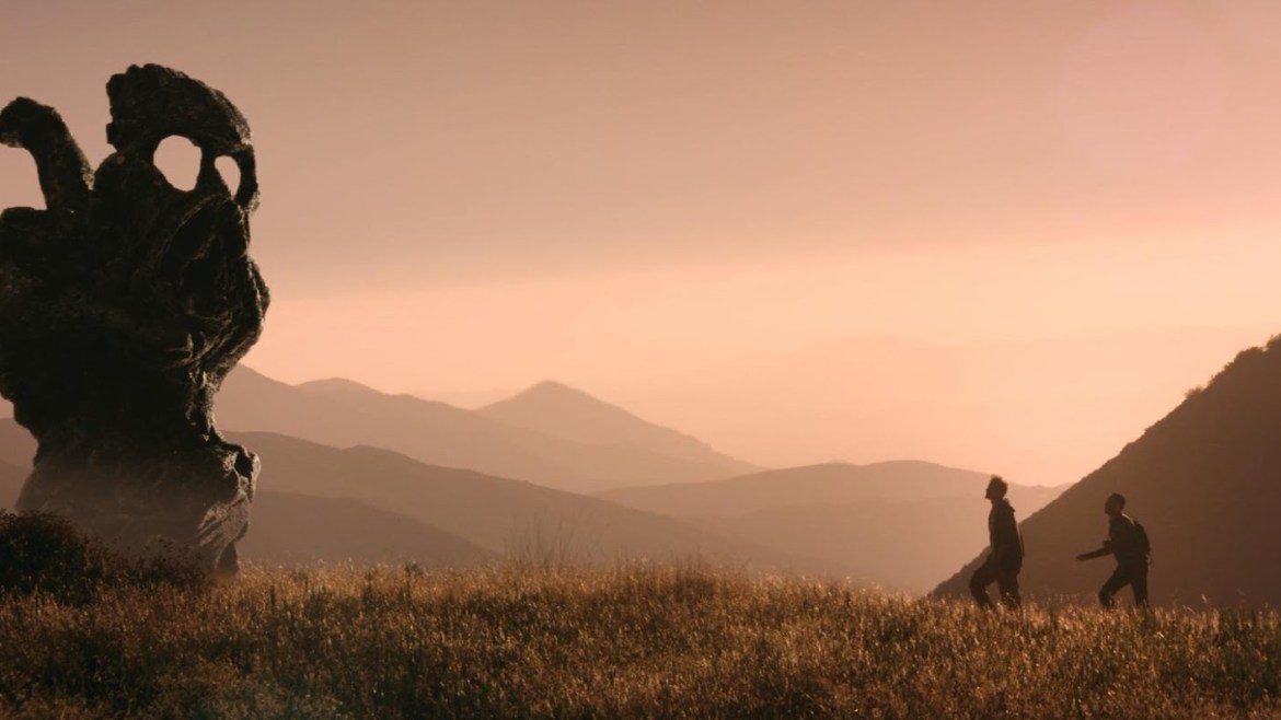 Movie Review: 'THE ENDLESS' remarkably blends psychological horror and drama
