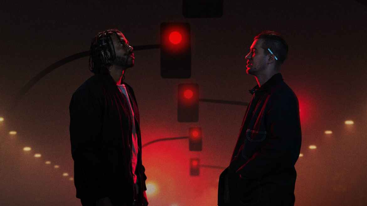 Movie Review: 'BLINDSPOTTING' an impressive hip-hop-inflected tour of Oakland, with powerful themes