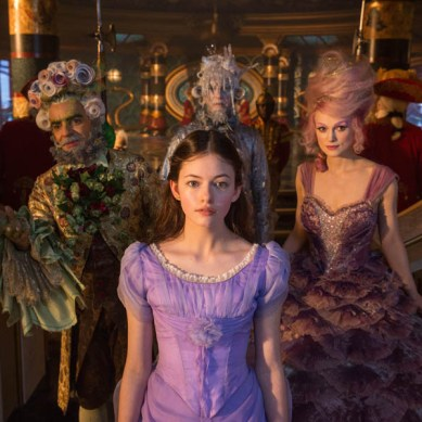 Movie Review: 'NUTCRACKER AND THE FOUR REALMS' – Beautiful Wrapping, Socks Inside