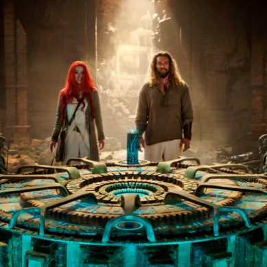 Movie Review: 'AQUAMAN' keeps the new DC movie current strong