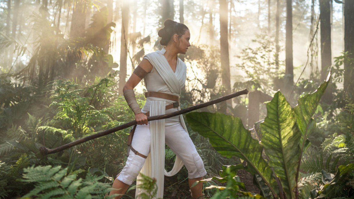 [Interview] Daisy Ridley discusses the taxing demands of 'STAR WARS: THE RISE OF SKYWALKER'