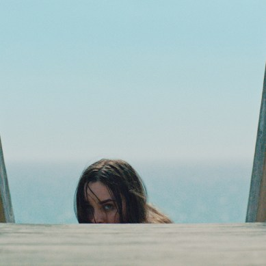[Review] Shudder's 'THE BEACH HOUSE' – Death from Natural Causes