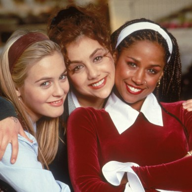 Fashion forward: 'CLUELESS' turns 25, and Mona May's kicky costumes dazzle with Blu-ray crispness