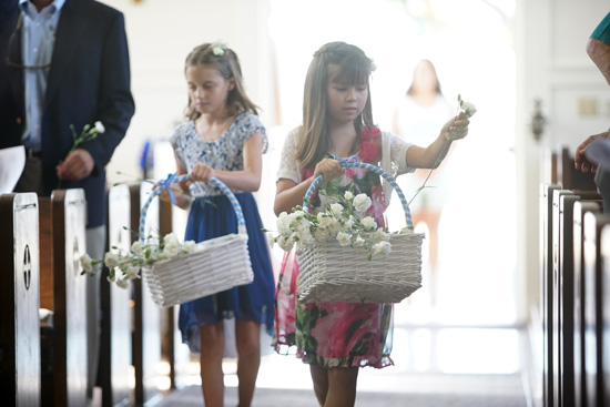 Flower Girls at Chris Woodyard and Patricia K. Rose wedding.  Photo by Jefferson Graham.