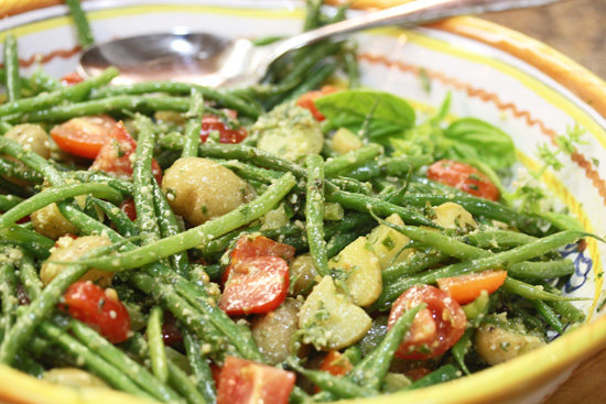 Green Bean, Potato, Tomato and Pesto Salad from FreshFoodinaFlash.com.
