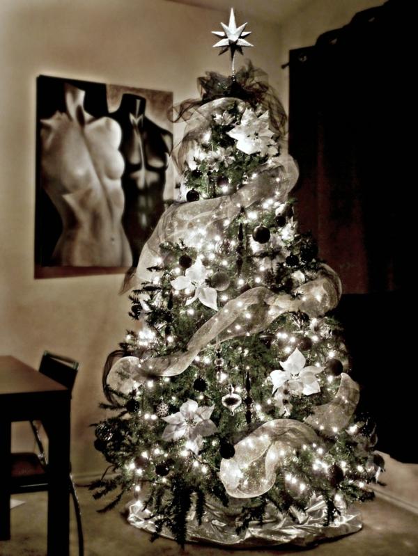 Weihnachtsbaumbeleuchtung Eine Interessante