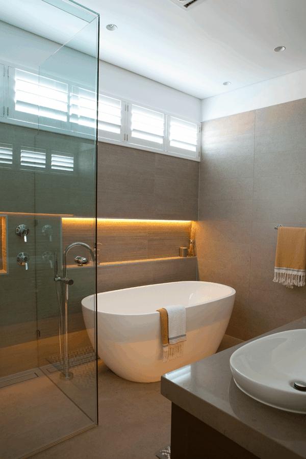 Moderne Badezimmer Mit Dusche Und Badewanne - Westjungle.top