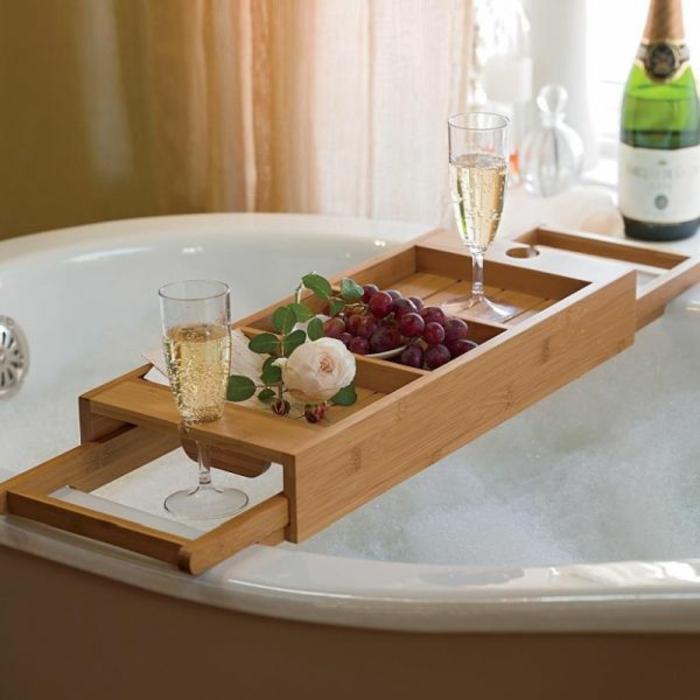 Badewannenablage- 13 Beispiele für moderne Badeinrichtung
