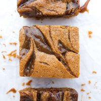 Dulce De Leche Blondies (paleo & nut free)