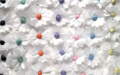 Tissue Paper Daisy Chain DIY