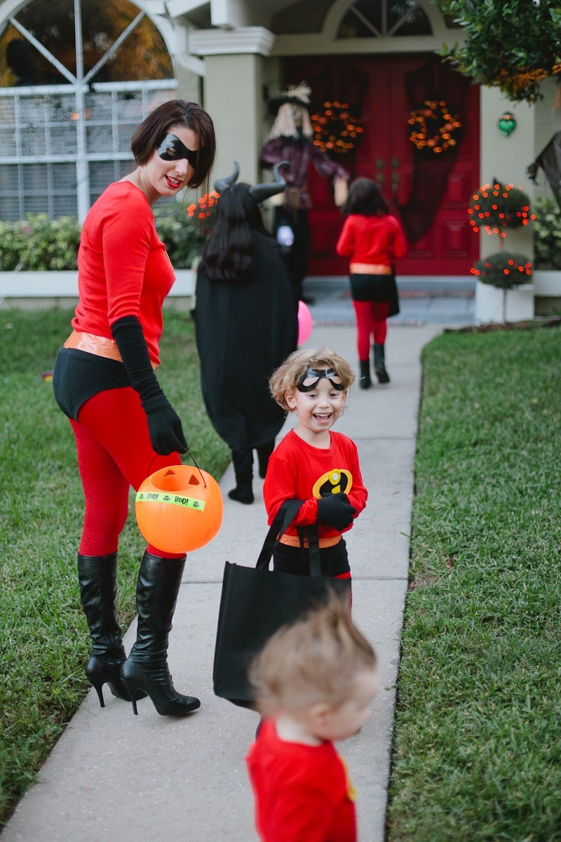 DIY Incredibles Costume | Fresh Mommy Blog-22