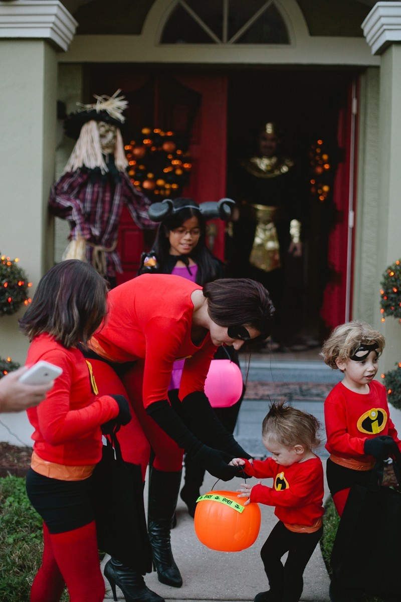DIY Incredibles Costume | Fresh Mommy Blog-23