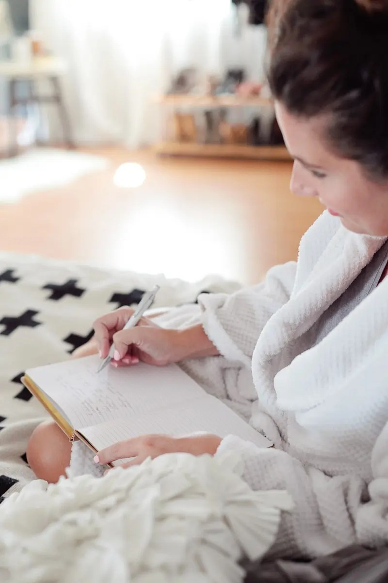 A powerful morning routine can be the catalyst for a productive day! Try these 7 Steps that Will Radically Change Your Mornings that I've put into a routine to lead to a more productive and happy morning!