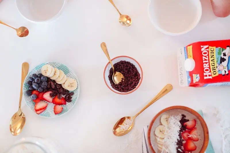 Simplify the morning routine with a smoothie bowl! And set up a topping bar to make it fun and interactive for the kids!