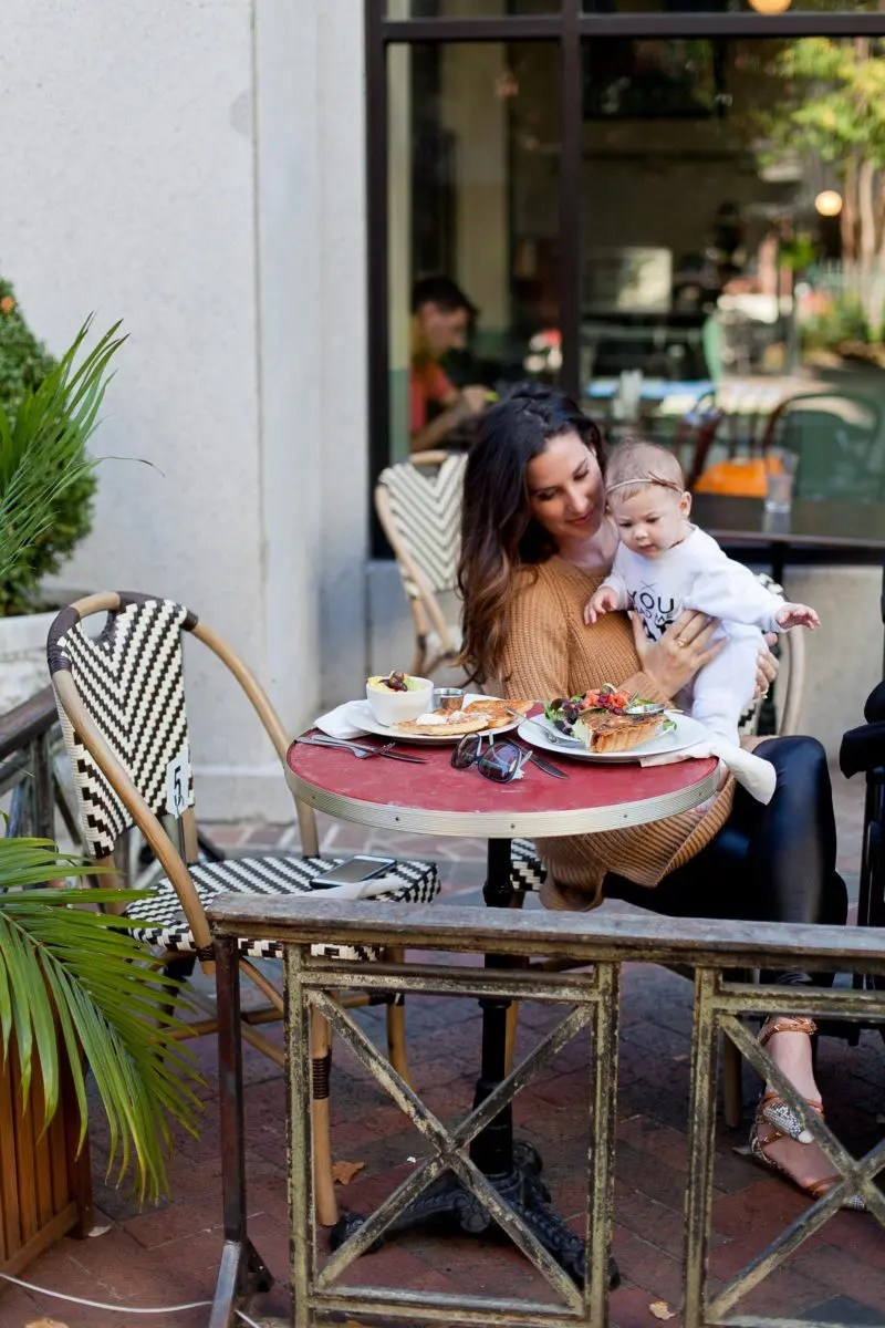Family Friendly Memphis City Guide from Tabitha Blue of Fresh Mommy Blog with a delicious stop for coffee and delicious breakfast at Cafe Keough! Tennessee travel.