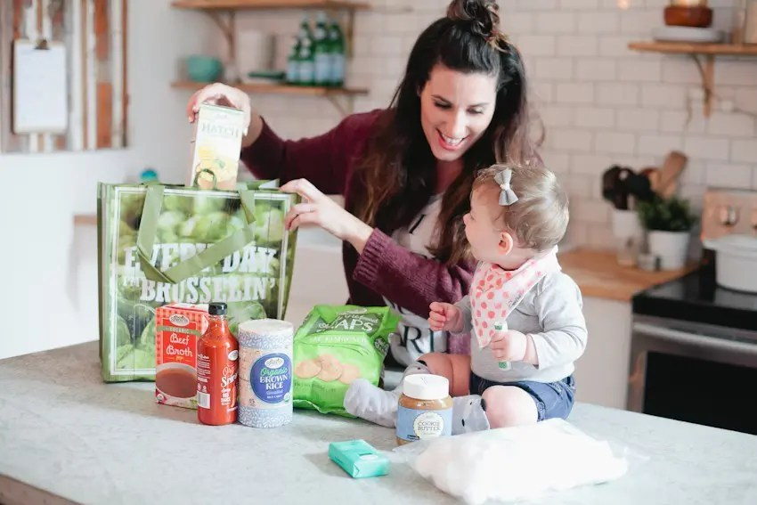 https://i1.wp.com/freshmommyblog.com/wp-content/uploads/2017/01/Unboxing-of-Sprouts-Farmers-Market-Groceries-and-excited-for-the-grand-opening-in-Florida-Tabitha-Blue-of-Fresh-Mommy-Blog-1.jpg?resize=850%2C567