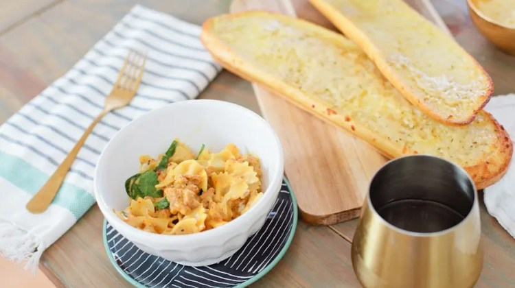 https://i1.wp.com/freshmommyblog.com/wp-content/uploads/2017/02/Goat-Cheese-Pasta-One-Pot-Recipe-for-ALDI-Try-and-Tell-Challenge-2-of-9.jpg?resize=750%2C420