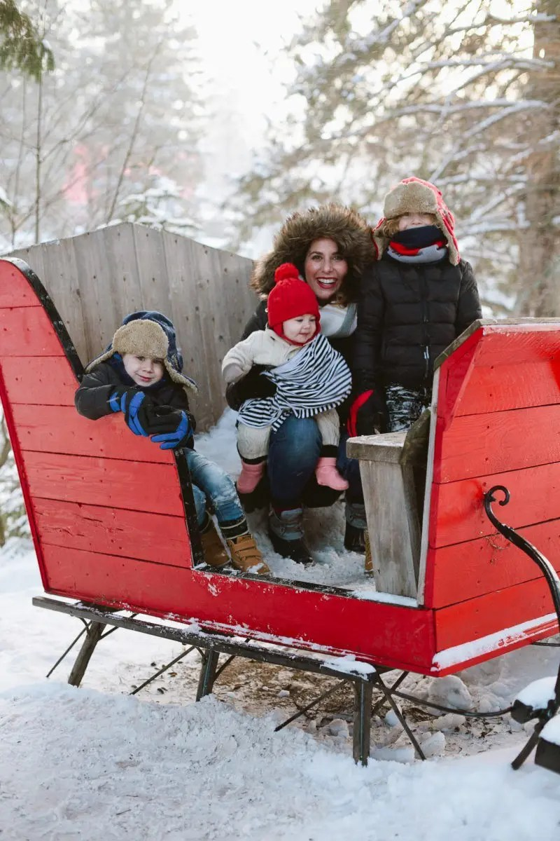 Montreal - A Snowy Family Travel Visit to Pere Noel!