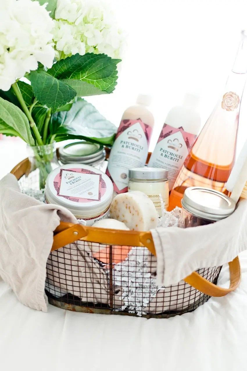 How to Create The Ultimate Pampering Mother's Day Gift Basket with gift basket ideas for creating an at home spa, shopping list and more for the perfect gift basket DIY. From popular Florida lifestyle and mom blogger Tabitha Blue of Fresh Mommy Blog