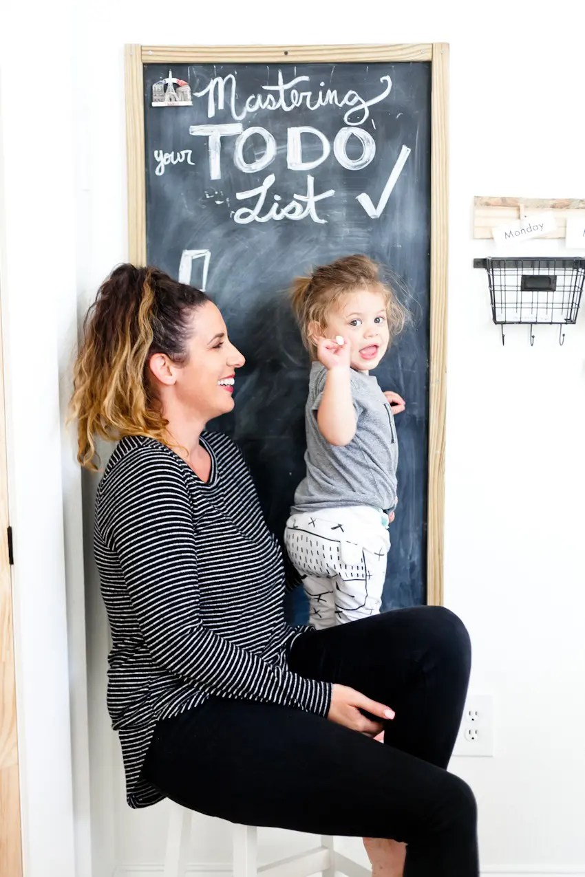 Let's talk about why, the actual reasons, that the things you've had on your list might not be getting done and how to change that. 5 Ways to Master an Effective To Do List: And Why Most People Don't... featured by popular Florida lifestyle blogger, Tabitha Blue, Fresh Mommy Blog