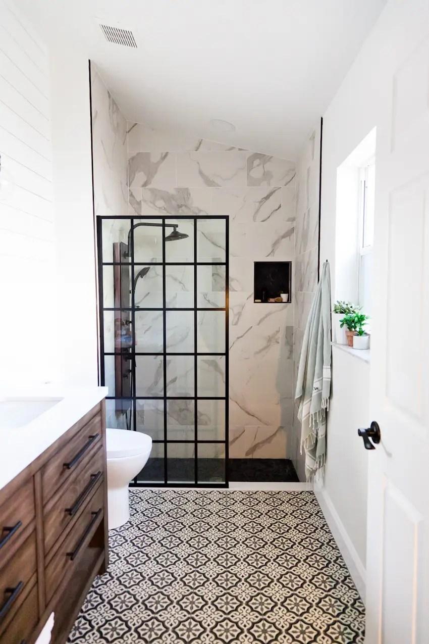 Farmhouse Master Bathroom Renovation Ideas | Fresh Mommy Blog on Farmhouse Bathroom Remodel Ideas  id=23764