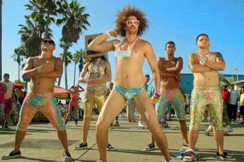 LMFAO 500x333 LMFAO   Sexy and I Know It: The Remixes