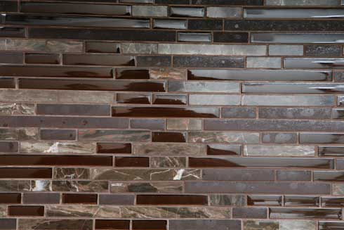 zenexpresso Decorating with Brown Glass Tile: High End Style for Both Husband and Wife