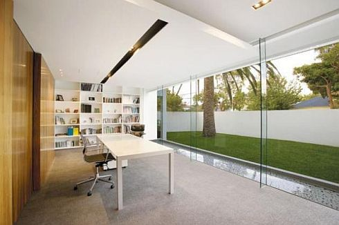 brighton house by nic bochsler 7 Brighton House: Lavish Melbourne home with plenty of glass and class