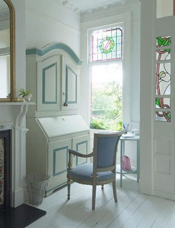 London House With a French Style Interior 3