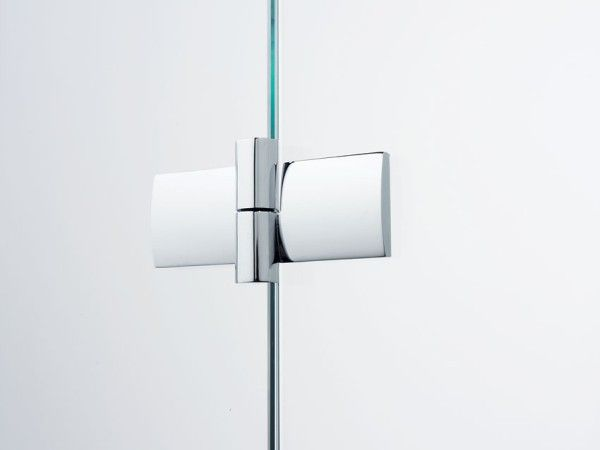 showedetail1 Transparence and Style  New Frameless Shower from Sprinz