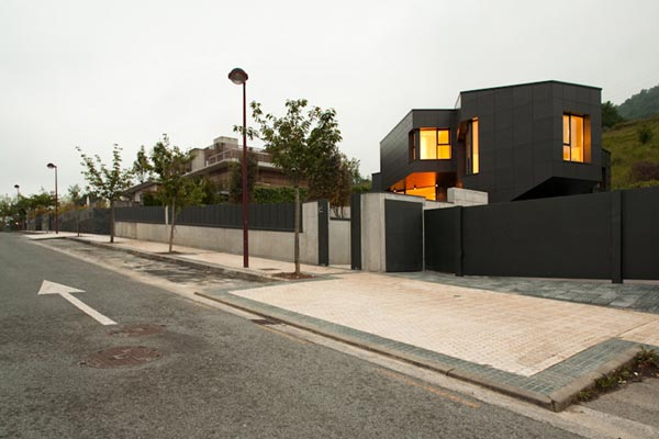 qhouse3 Q House by asensio mah in collaboration with JMAguirre Aldaz
