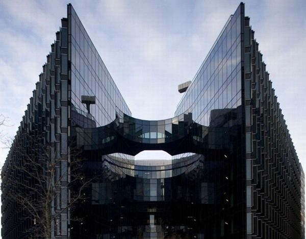 7 More London New Pricewaterhouse Coopers Green Office Building in London