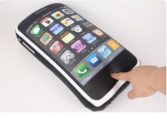 iphone 4gs pillow5 iCushion : Iphone 3GS Shaped Pillow