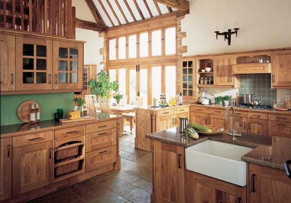 arundel natural oak2 25 Inspiring and Delightful Traditional Kitchen Designs