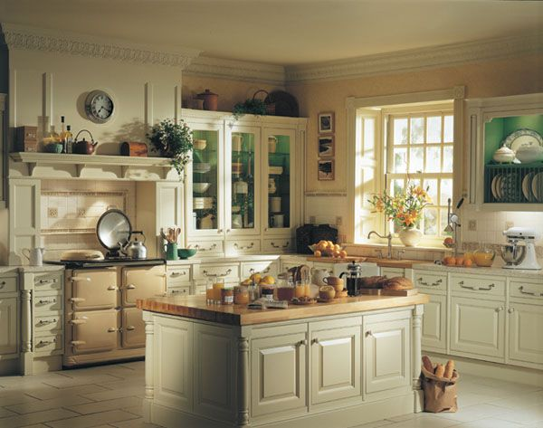 25 Inspiring Traditional Kitchen Designs