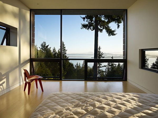 cr 221010 10 Elegant Design, Asian Influences and Sustainability: Chuckanut Ridge House