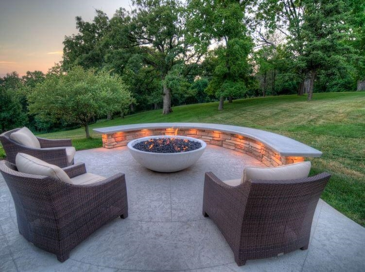 Fire Pits and Outdoor Fireplaces to Keep You Warm and ... on Fire Pit Design  id=54326