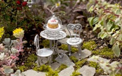 Fairy Garden With Chair Set Miniatur