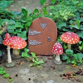 Single Mushroom Fairy Garden