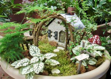 Unique Fairy Garden Ideas 13