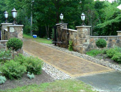 Driveway Entrance Landscaping Design