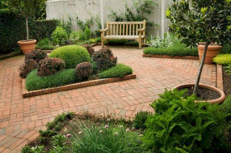 Idea Landscaping Small Garden Design