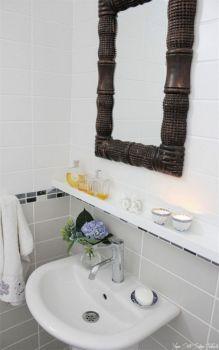 Indispensible Bathroom Hacks Everyone Should Know 6