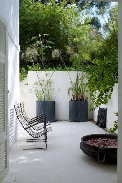 Minimalist Gardens Design