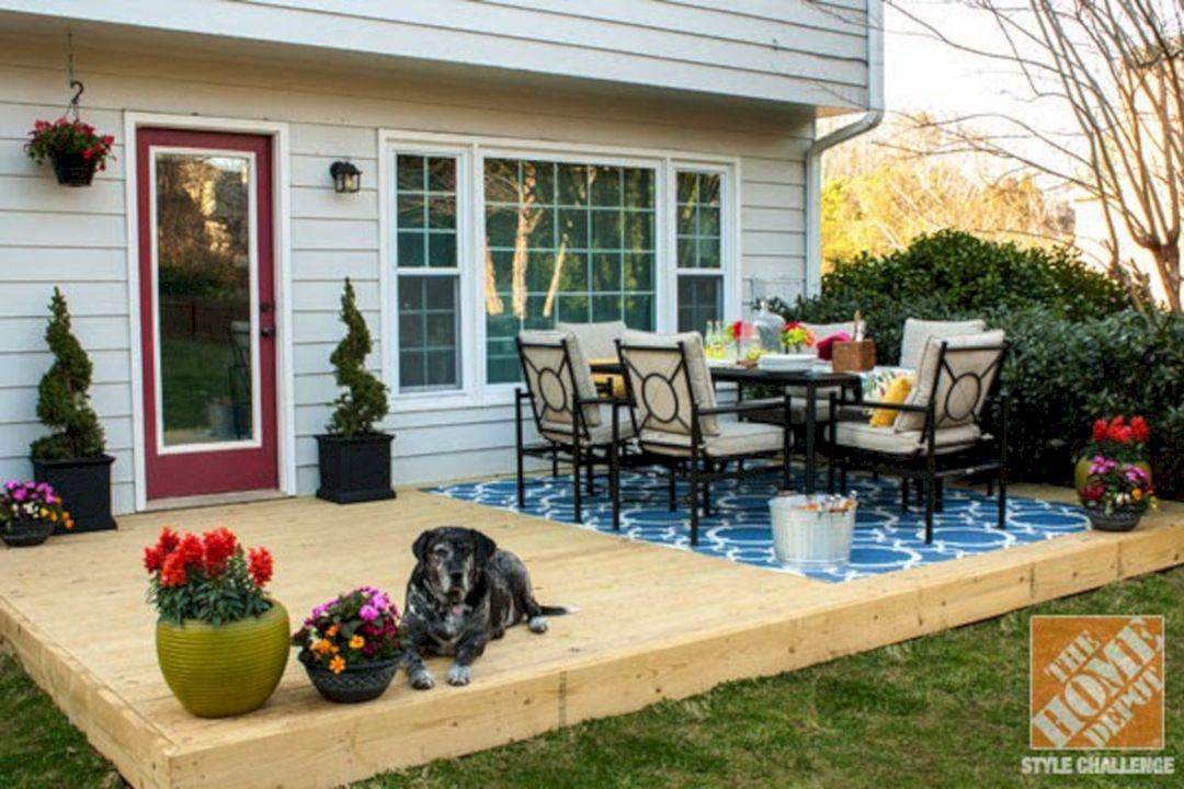 Small Backyard Patio Decorating Ideas (Small Backyard ... on Small Back Deck Decorating Ideas id=43417