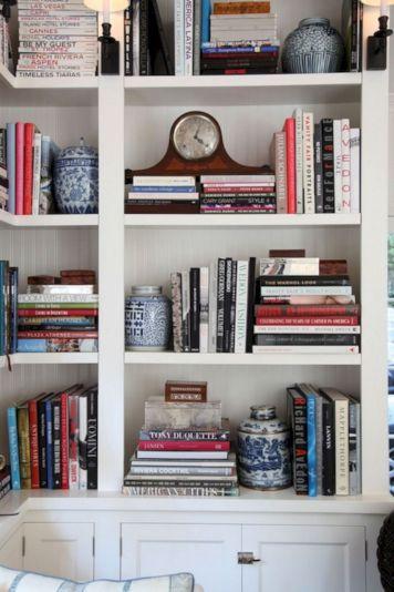 Styling Bookshelf With Books