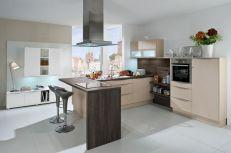 Kitchen Breakfast Bar Design Idea